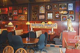 Holman's Bar and Grill